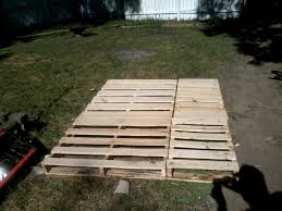 picture of pallet wood bed frame queen size