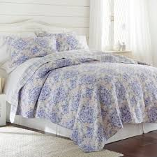 Buy Lavender Quilts from Bed Bath & Beyond & Pacific Coast Textiles Girona Reversible Full/Queen Quilt Set in Lavender Adamdwight.com