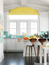 Popular Kitchen Paint and Cabinet Colors - Colorful Kitchen Pictures