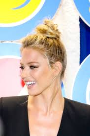 Topknot Hair Style top knot hairstyles the best top knots for every occassion 4732 by wearticles.com