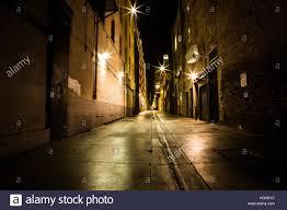 Empty alley in Santa Monica, CA Stock Photo - Alamy