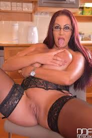 Emma Butt Sex Gall Erotic Photos