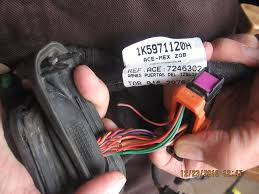 2006 volkswagen jetta battery will not hold charge 10 complaints 2006 volkswagen jetta door wiring harness battery will not hold charge battery will not hold charge