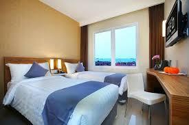 Situated in cirebon, within 5 km of cirebon waterland, vinotel cirebon provides free wifi. Hotel Neo Cirebon 17 4 5 Prices Reviews Indonesia Tripadvisor