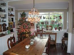 Christmas trees decoration in dining room 3 When is the best time to put .
