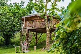 Center Parcs  Discover Treehouse Accommodation  YouTubeTreehouse Accommodation