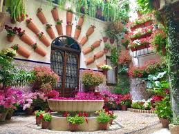 a spanish patio play jigsaw puzzle