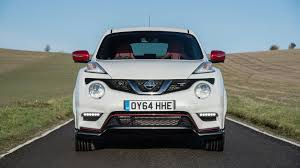 Nissan Juke Nismo RS (2015) review by CAR Magazine