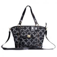 Coach Logo Signature Lock Medium Black Totes DZX