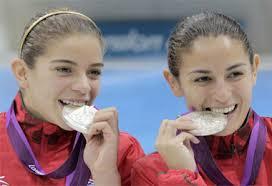 El binomio Espinoza-Orozco sumó 343.32 puntos, por 368.40 de las chinas, en tanto que el bronce fue para las canadienses Roseline Filion y Meaghan Benfeito, ... - clavados_chavas04