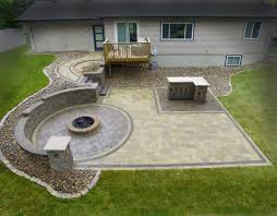 circular paver patio kit raised patio cost how to build a raised stone patio patio town