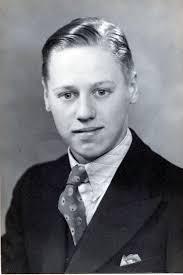 Mr Ronald JAMES (Fred , William Herbert , Thomas , William , Thomas ) was born 1 on 2 Feb 1919 in Dewsbury, West Riding of Yorkshire, England. - 200