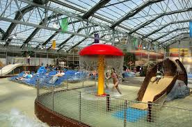 schlitterbahn galveston is an indoor waterpark and has been a family favorite during spring break since