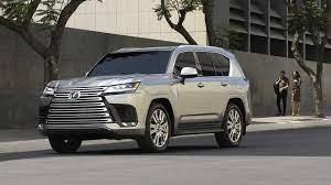 """انطلاق الواعرة الجبارة"""" سيارة لكزس lexus lx 2022 الجديدة كليا بالمواصفات  والاسعار في السعودية"""