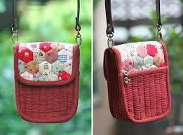 Patchwork and Quilted Purse http://www.handmadiya.com/2015/11 ... & Patchwork and Quilted Purse zipper DIY. Tutorial with Photos. Adamdwight.com