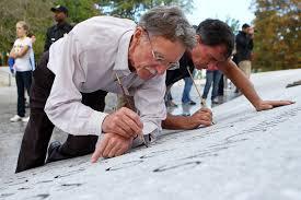 John Everett Benson, Gordon Ponsford - John Everett Benson and Gordon  Ponsford Photos - President John F. Kennedy's Memorial At Arlington  Undergoes Restoration - Zimbio