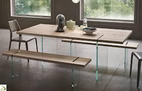 Tavoli Di Vetro Da Salotto : Soggiorno moderno con tavolo triseb
