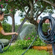 aqua joe 125 ft capacity garden hose