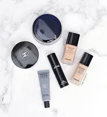 a round up of the best base face s for bination and oily skin front row beauty lovin