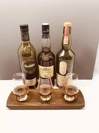 walnut whiskeytasting whiskyflight entertaining giftsforhim gift giftideas gifts bartender glencairn
