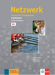 """Bereitet in vier trainingskapiteln auf die prüfung """"start deutsch 2 vor. Netzwerk A2 Paket Buku Kursbuch Mit Dvd Rom Dan Arbeitsbuch Mit Mp3 Audiodateien"""