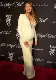 lange abendkleider für schwangere   Mode Saison