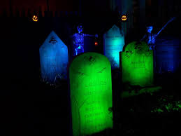 halloween lighting. graveyard lighting tips u0027chaneyu0027 uses small 3 watt leds on each stone halloween