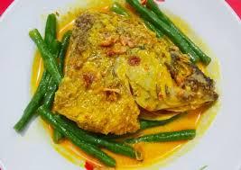 Masakan ini dapat kamu nikmati dengan nasi panas, lontong maupun ketupat. Resep Gulai Ikan Mujair Oleh Ivy Cookpad