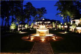 image of outdoor landscape lighting reviews