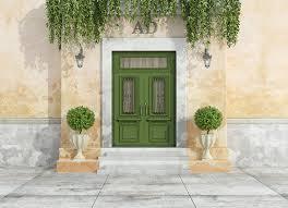 green front doorsA Guide to Choosing a Front Door Color