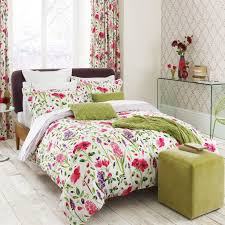 medium size of bedding flower bedspread bedspreads damask bedspread dark fl comforter pink fl bedspread