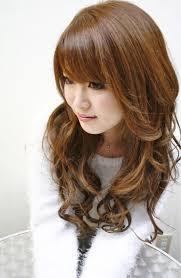 明るめブラウンアッシュ 女の子らしいキュート感が最大の魅力 前髪