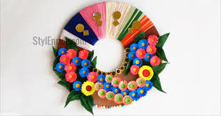 picture of diy wall decoration idea how to make a paper wreath for home decoration