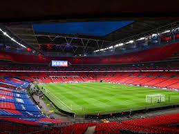 Doch durch den neubau hat das stadion seinen zauber verloren, schreibt hendrik buchheister in der ersten folge. Steigende Infektionszahlen In England Wird Die Em Finalrunde Verlegt Nw De