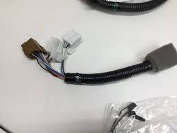 new 2005 2012 nissan frontier 7 pin trailer wiring harness genuine Nissan Frontier Fuse Panel at 2010 Nissan Frontier Factory Trailer Wiring Harness