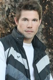 Justin Warren Downing videos, age, hairstyles & wiki info