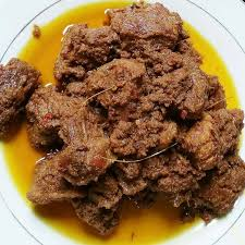 • pangan lokal biasanya dikembangkan sesuai dengan preferensi konsumen lokal pula. 10 Makanan Khas Indonesia Anda Wajib Tahu