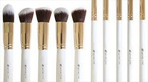 the makeup rookie your brush kit should conn these brushes best brands