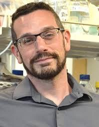 Dan Summers | Biology