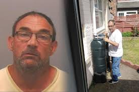 Cowboy builder back behind bars for conning elderly victims soon ...
