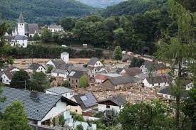 قتلى ومفقودون في ألمانيا وبلجيكا جراء الأمطار القياسية وفيضانات الأنهر