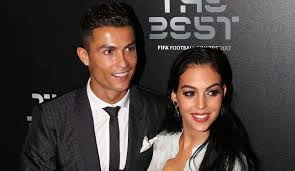 Cristiano ronaldo, wife & family (kids, wife, lifestyle) | cr7 2020 by top 10 today new subscribe top 10 today new. Cristiano Ronaldo Wiki Age Girlfriend Wife Family Biography More Famous People Wiki