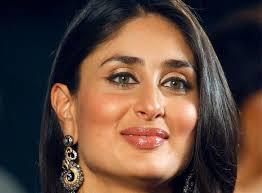 closeup photo of kareena kapoor