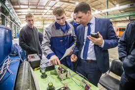 Конкурсы профмастерства в ООО Газпром добыча Уренгой  20 специалистов четвертого и пятого разряда доказали свое профессиональное мастерство как в теории так и на практике Конкурс для сварщиков проходил в два