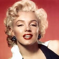 Marilyn Monroe   Film Actress  Classic Pin Ups   Biography com Biography com