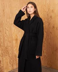 <b>Пальто</b>-халат с <b>поясом</b> в интернет-магазине — <b>12Storeez</b>