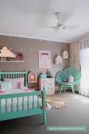 Best 25 Girl Rooms Ideas On Pinterest Girl Room Girl Bedroom