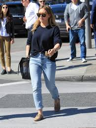 Hilary duff totes around her favorite goyard bag as she shops at barney's new york department store in beverly hills on monday, memorial day. Hilary Duff S Unique Mules Transform A Casual Outfit The Budget Babe Affordable Fashion Style Blog