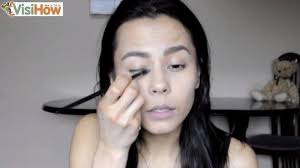 how to apply makeup at home for a natural and beautiful look canvas82 568271