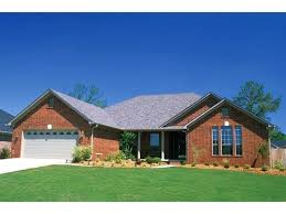 traditional small brick house plans with front porch traditional small brick house plans with front porch